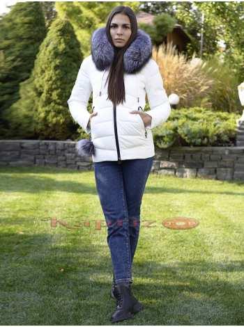 яркая стильная куртка с натуральным мехом